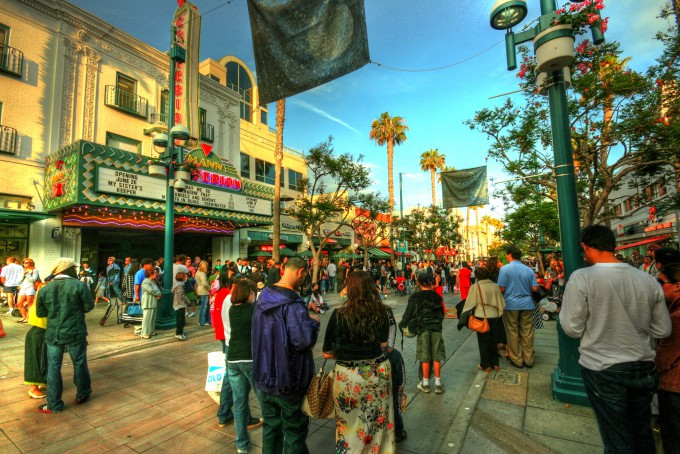 The Four Key Elements of a Thriving Pedestrian Mall