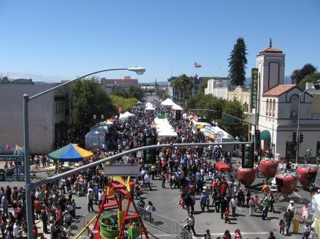 Watsonville_Strawberry_Festival_2010